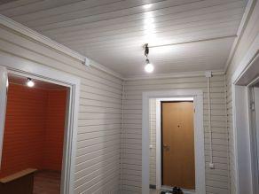 Проведение основной трассы кабелей под потолком